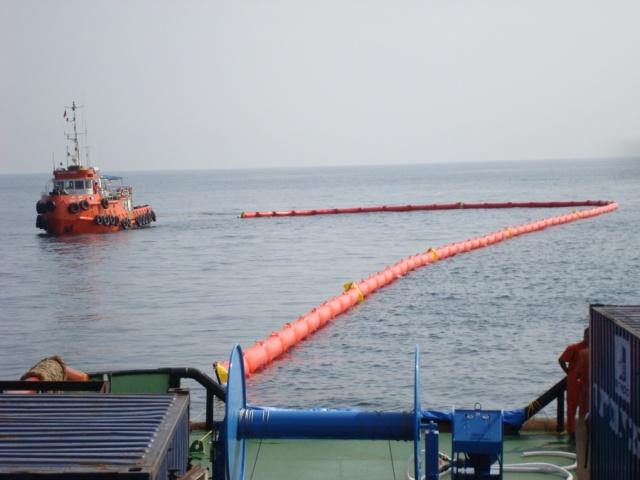 «Эйрмакс» (AirMax) – Боновые заграждения для локализации нефти